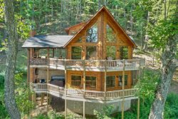 SKY HIGH LODGE:  Starting at $436/Night