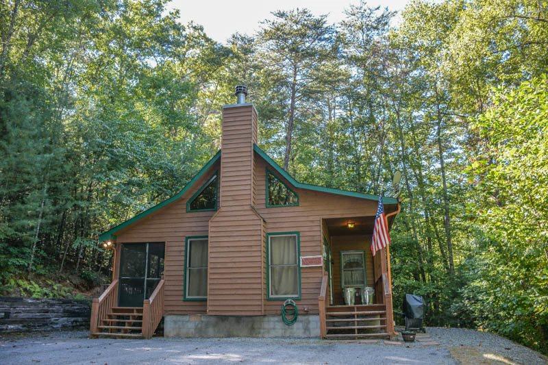 North Georgia Mountain Cabin Located 10 Minutes From Blue Ridge Ga