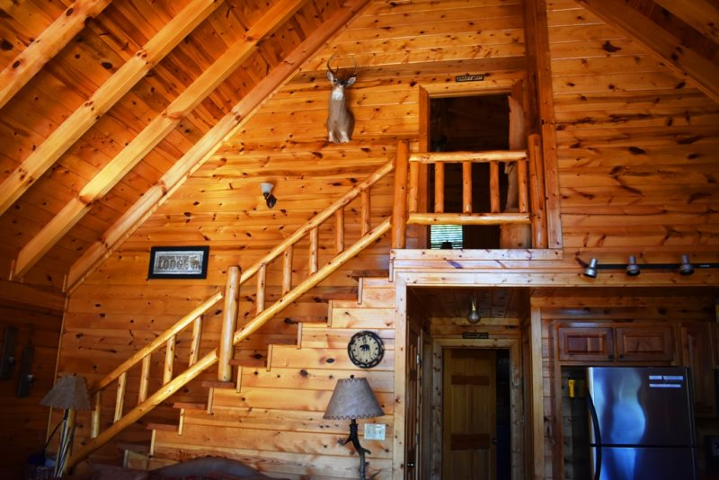 Light S Lake Overlook Lodge Located In The Aska