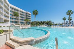 The Moorings 509 33BR/3BA located on Terry`s Cove in Orange Beach, AL