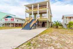 Ocean Outage is located in the heart of Gulf Shores just one block from the beach. 5BR/5BA