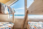 Crows Nest with 2 built in bunks sleeps 6