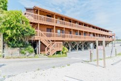 Efficiency studio condo in the Heart of Orange Beach
