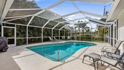 SW Cape Coral Pool Home,3 Bed, 2 Bath, Electric Heated Pool, Privacy Hedges, Fenced Yard
