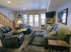 Deluxe 3 BR Moose Hollow condo with large kitchen/ living area and 2 master suites