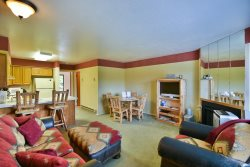 1 BR Vacation Condo near Pineview, Powder Mountain, Snowbasin & Nordic Valley Ski Resorts