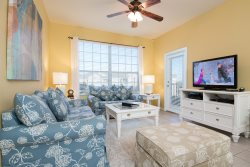 Magical Location | Top Floor Condo Close to Clubhouse & Pool and Kids Bedroom