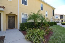 Beautifully Furnished 3 Bedroom Homes in Orlando Near Disney