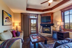 One Ski Hill Place Corner Unit - Ski-In Ski-Out Luxury in the Best Building in Breck