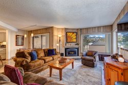 Powderhorn Condo - 150 yard walk to the lift. Exceptional Location