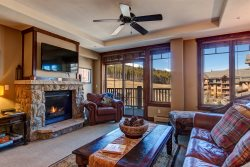 Ski-In/Ski-Out Corner Unit w/ Spectacular Views and Ultimate Comfort at Crystal Peak Lodge