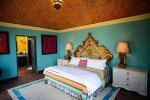 Guest house suite - King bed