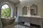 Morrocan bath / double shower - master bathroom