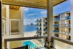 Ceci's Riviera Villas Condo on Mission/Sail Bay: 4 bikes, 2 parking spaces, WiFi and central AC!