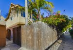 Mission Beach 3 bedroom house only one block from the ocean and a half a block to Sail Bay