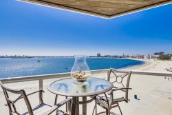 Karlas Condo with a view of Mission Bay\/Sail Bay
