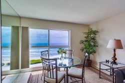 Bree`s Ocean Point Penthouse: Panoramic Ocean and Sunset Views, Steps from Boardwalk and Sand, Bikes