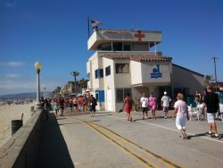 Mission Beachs main Lifeguard Tower located 2 blocks South.