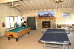 Mammoth Lakes Vacation Rental Sunshine Village Rec Room