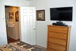 Mammoth Lakes Vacation Rental Sunshine Village 175 - Master Bedroom Queen Bed and Mirrored Closet Doors
