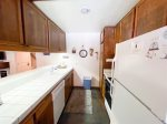 Mammoth Lakes Vacation Rental Sunshine Village 134 - Fully Equipped Kitchen