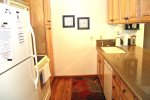 Mammoth Lakes Vacation Rental Sunshine Village 150 - Fully Equipped Updated Kitchen