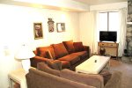 Mammoth Lakes Condo Rental Sunshine Village 137 - Comfy Living Room