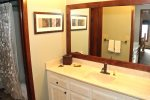 Mammoth Lakes Vacation Rental Sunrise 9 - Downstairs Bathroom