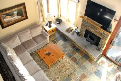 Sunrise Mammoth Condo Rental #9:  WIFI Internet Access / Scenic Meadow Area: Near Mammoth Creek & The Snowcreek Golf Course