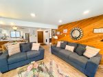 Mammoth Lakes Vacation Rental Wildflower 61 - Living Room has a Queen Sofa Sleeper