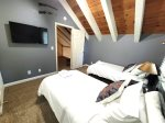 Mammoth Vacation Rental - Heritage Condominium 207 - Loft Bedroom