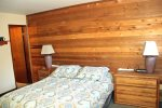 Mammoth Condo Rental Wildrose 9: Master bedroom queen size bed and ensuite bathroom