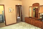 Mammoth Lakes Condo Rental Sunrise 15 - Master Bedroom has a Walk-in Closet