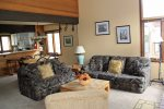 Mammoth Lakes Vacation Rental Sunrise 15- Lving Room has a Queen Sofa Sleeper