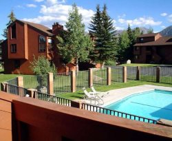 Sunrise Mammoth Condo Rental #29: Scenic Meadow Area: Near Mammoth Creek & The Snowcreek Golf Course