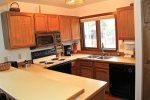Mammoth Lakes Vacation Rental Sunrise 32 - Fully Equipped Kitchen
