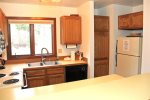 Mammoth Vacation Rental Sunrise 32- Nice Fully Equipped Kitchen