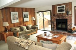 Sunrise Mammoth Condo Rental #32: WIFI Internet Access / Scenic Meadow Area: Near Mammoth Creek & The Snowcreek Golf Course