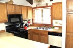 Mammoth Lakes Rental Sunrise 51 - Fully Equipped Kitchen