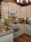 Mammoth Lakes Condo Rental Woodlands 10 - Fully Equipped Upgraded Kitchen