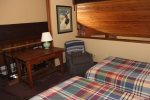 Mammoth Lakes Rental Woodlands 10 - Comfortable 2nd Bedroom with  Mirrored Closet Doors