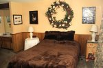 Mammoth Rental Woodlands 48 - Matser Bedroom with Comfortable Queen Bed