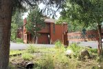 Welcome Entrance to Woodlands Mammoth Lakes Rentals