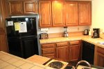 Mammoth Lakes Vacation Rental Snowflower 11 - Dining Room Seats 6, Additional Seating at Kitchen Bar