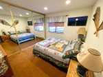Mammoth Rental Snowflower 13 - Loft - 1 Queen, 1 Twin and 1 Full  Bed