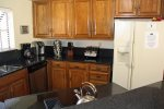 Mammoth Condo Rental Snowflower 37 - Upgrade Kitchen with Granite Counter Tops