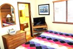 Mammoth Condo Rental Snowflower 53 - Master Bedroom has 1 Flat Screen TV and attached bath
