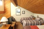 Mammoth Rental Snowflower 53 - Loft has 1 Queen Bed and 2 Twin Beds