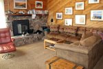 Mammoth Condo Rental Snowflower 53 - Comfortable Living Area with Queen Sofa Bed