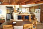 Mammoth Vacation Rental Snowflower 53 - Dining Table Seats Six